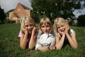 Viel Platz zum Spielen in der Malchower Jugendherberge