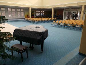 Aula der Fleesenseeschule- Proberaum für Chöre und Orchester